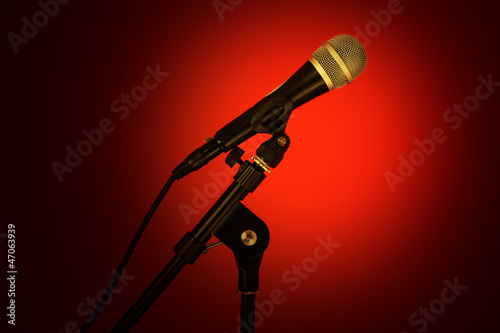 microphone red glow