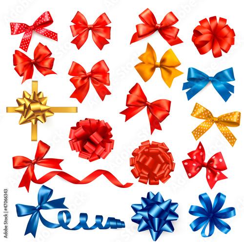duzy-zbior-kolorow-luki-prezent-z-wstazkami-wektorowy-illustrat