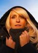 blonde frau winter kälte sehnsucht frieren urlaub