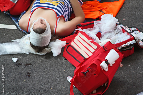 Street accident - first  aid