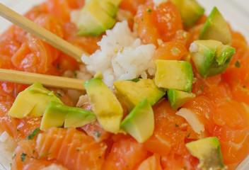 chirashi tartare saumon