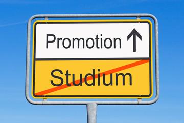 Studium und Promotion