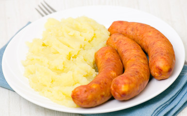 sausages with mashed potato