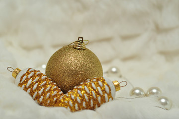 Christmas decorations in gold and white blurred