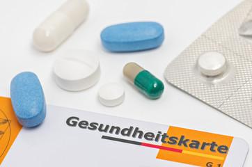 Gesundheitskarte mit  Medikamenten