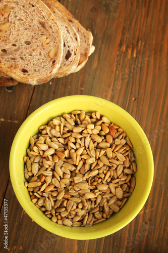 Sunflower seeds and bread