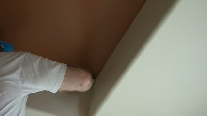 Painter Edging in Wall and Ceiling