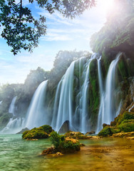 BanGioc Waterfall in vietnam