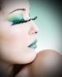 Beauty con trucco verde