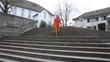Businessfrau auf der Treppe