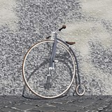 Vintage bicycle - 3D render - 47166545