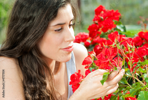 red roses and women