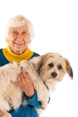 Oma mit Hund 241112
