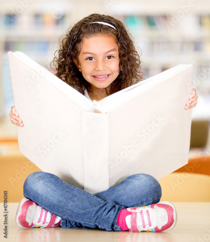 Little girl at the library