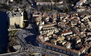 Tarascon et son château