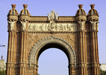 Arc de Triomf frontal view - Barcelona, Spain