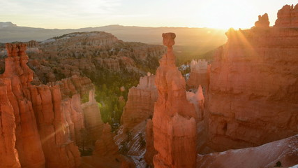 Bryce Canyon sunrise time-lapse at Thor's Hammer