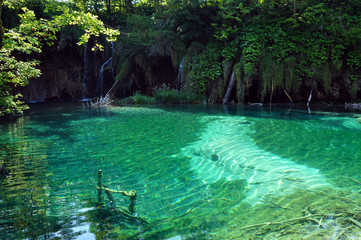 Beautiful turquoise lake in Plitvice, Croatia
