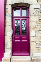 porta viola, purple door, bretagne france