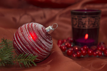 Weihnachten Weihnachtskugel und Kerze