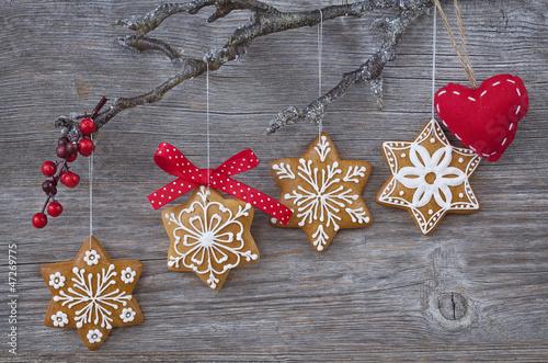 Snowflake gingerbread cookies - 47269775