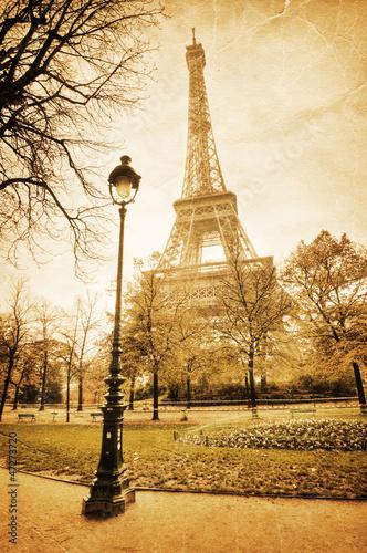 nostalgisches Bild des Eiffelturmes - 47273720