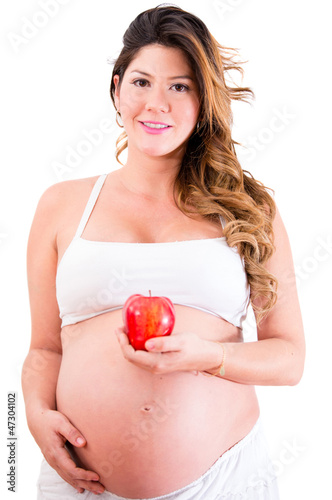 Pregnant woman eating healhty