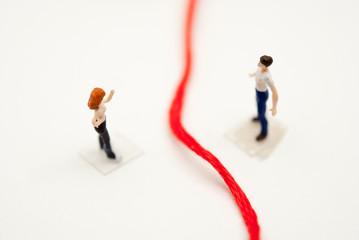 赤い糸を隔てた男女関係
