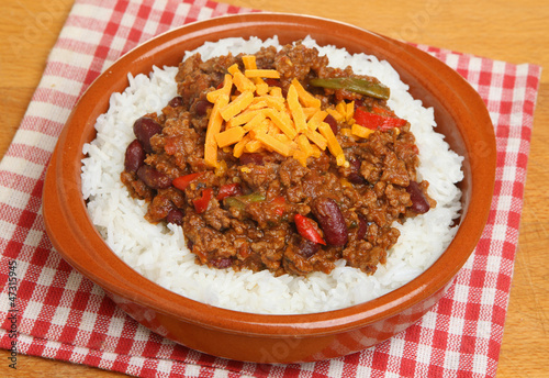 Chilli with Rice and Cheese