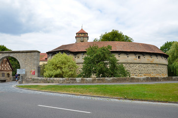 Rothenburg ob der Tauber,porta d'ingresso bastia dell'ospedale 3