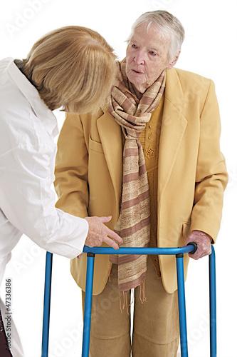 Rééducation fonctionnelle- Femme âgée