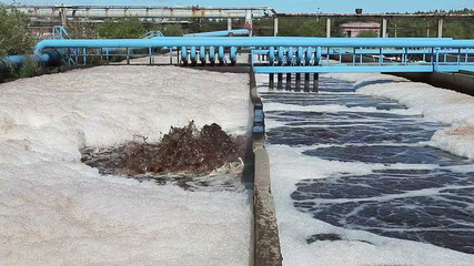 Supplying the oxigen in seage for sewage aeration
