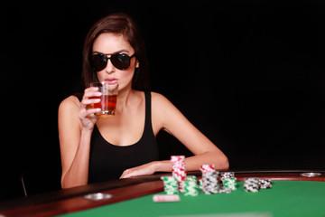 Frau spiel Poker