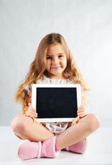 Kind mit dem Tablett Pc