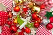 Farbenfrohe Weihnachtsdekoration