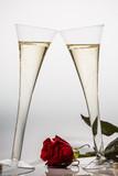 Fototapety Champagner oder Sekt im Sektglas