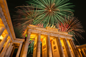 Berlin, Brandenburger Tor, Feuerwerk