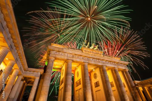 Zdjęcia na płótnie, fototapety, obrazy : Berlin, Brandenburger Tor, Feuerwerk