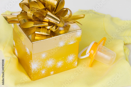 baby clothes with present  box