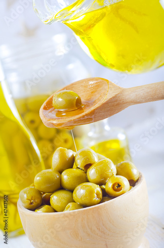 green olives and oil