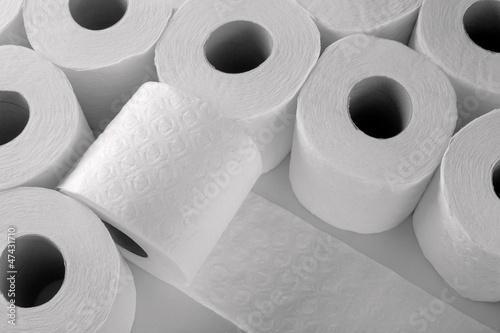paper toilet rolls - 47431710