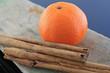 zimtstange mit clementine