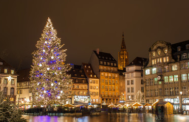"Christmas tree at Place Kleber in Strasbourg, ""Capitale de Noël"""