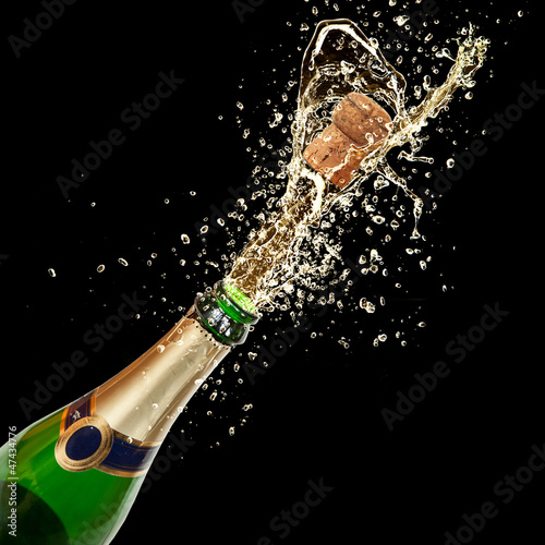 Celebration theme with splashing champagne - 47434776