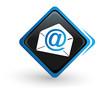 icône newsletter sur bouton carré bleu design