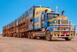 Fototapeten,trucks,australien,outback,sattelauflieger