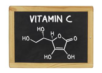 chemische Strukturformel von Vitamin C auf einer Schiefertafel