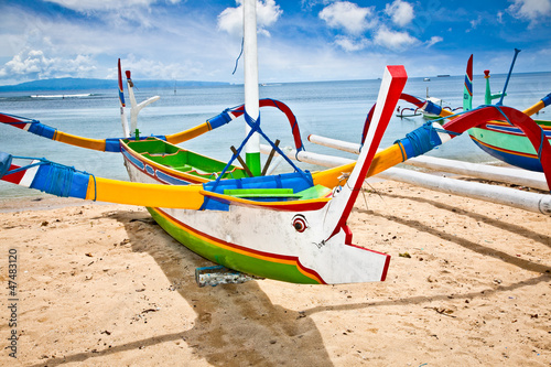 Foto op Plexiglas Indonesië Traditional fishing boats on a beach, Nusa Dua, Bali.