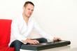 Mann mit Keyboard