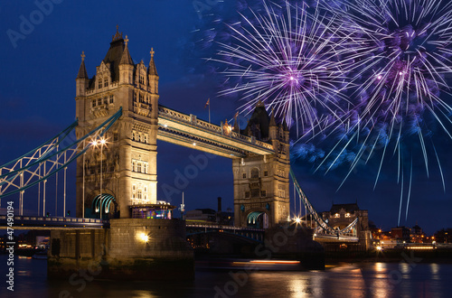 London, Tower Bridge, Feuerwerk, Silvester